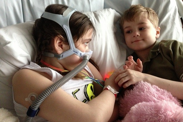 Suffering from cystic fibrosis, Sarah Murnaghan, 10, needs a lung transplant to survive.(Photo courtesy of the the Murnaghan family)