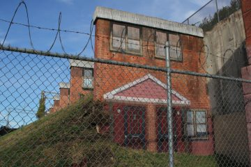 The Norris Homes public housing project will be memorialized in a mural by Jennie Shanker. (Emma Lee/WHYY)