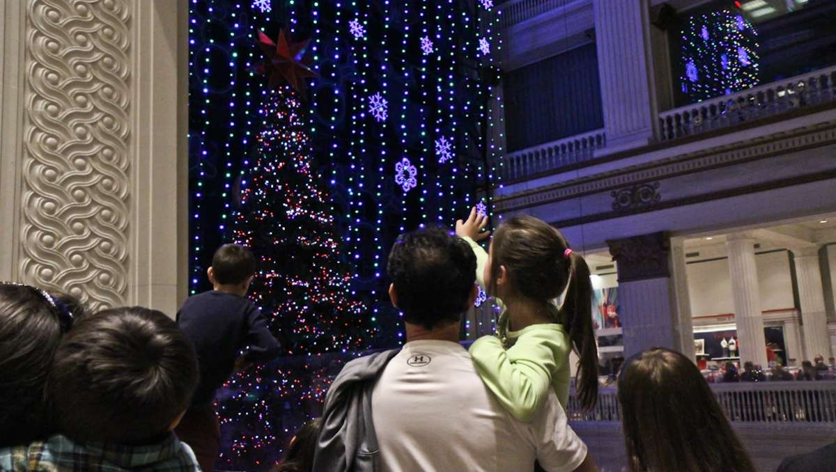 A scene from the 2013 holiday light show at Macy's in Center City. (Kimberly Paynter/WHYY, file)