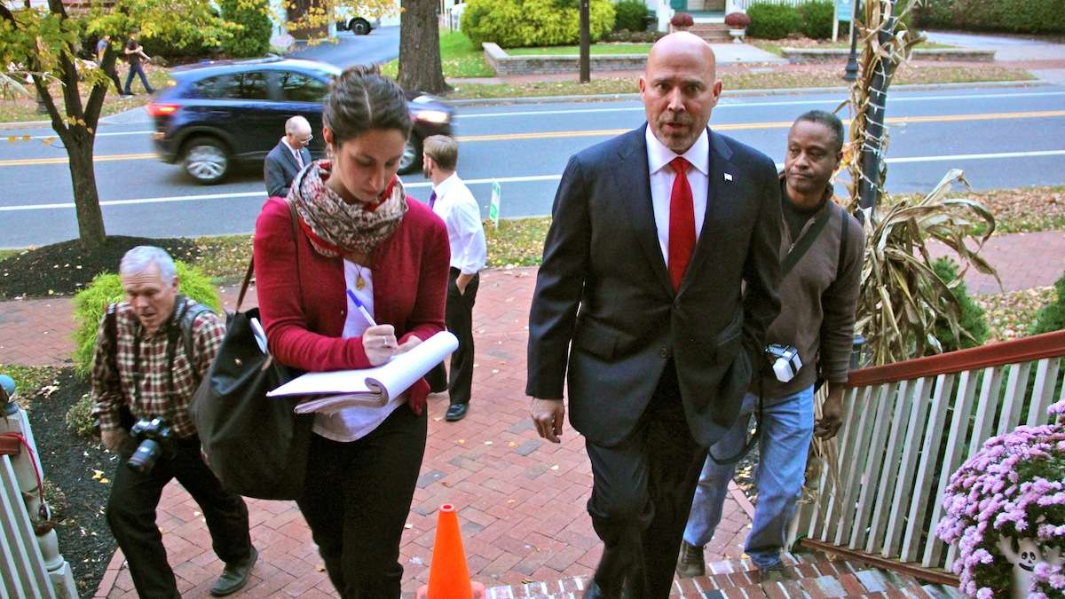 New Jersey 3rd Congressional District candidate Tom MacArthur arrives at Marlton Tavern in Burlington County where he answers questions from WHYY's Katie Colaneri. (Emma Lee/WHYY)
