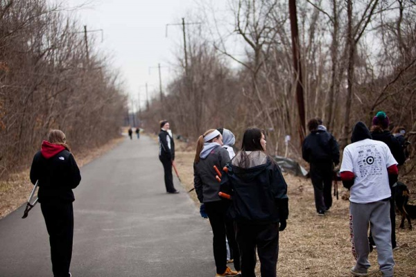 <p>&lt;p&gt;Volunteers move to a new section of the Schuylkill River bike trail to clear invaisve growth during Ivy Ridge Green's MLK Day of service. (Brad Larrison/For NewsWorks)&lt;/p&gt;</p>