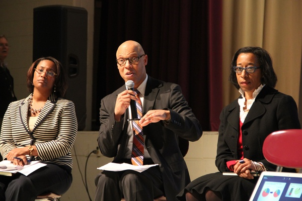<p>Philadelphia Superintendant of Schools Dr. William Hite fields questions from concerned parents during a community meeting at Martin Luther King HIgh School. (Emma Lee/for NewsWorks)</p>