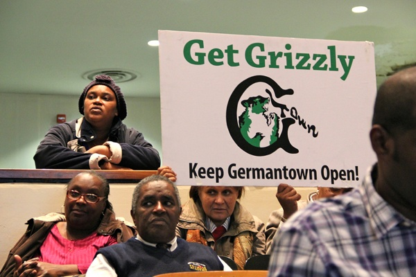 <p>At Martin Luther King High School, community members object to the proposed closing of Germantown High School and other schools in the district. (Emma Lee/for NewsWorks)</p>