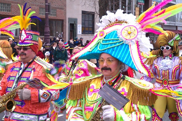 <p>Crowds at the 2013 Mummers Parade seemed moderate. At a Starbucks along the route, tables could even be had. (Peter Crimmins/WHYY)</p>