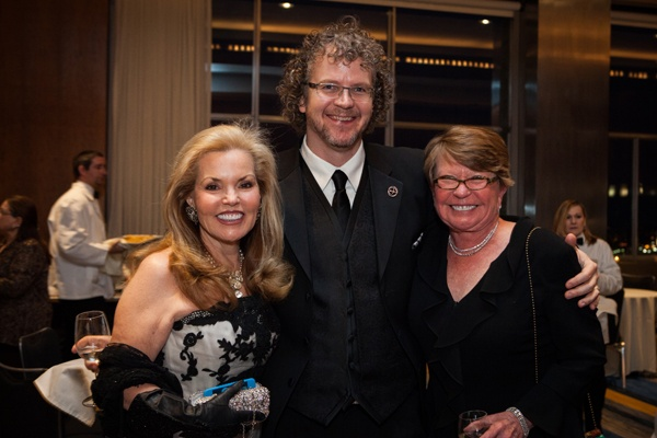 Board member and N.O.W. Gala Committee member Ellen Berman Lee (left) with David A. Dubbeldam, and Independence Foundation President and CEO Susan Sherman (Photo courtesy of Sofia Negron Photography)