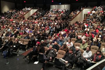 Hundreds pack the auditorium of Upper Dublin High School for a discussion of gerrymandering hosted by the group Fair Districts Pa. (Dave Davies/WHYY)