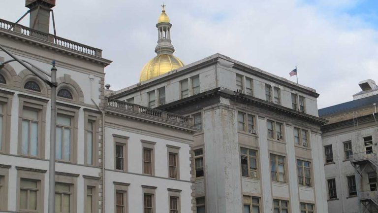 A $300 million plan to renovate New Jersey's Statehouse is underway. (Phil Gregory/WHYY)