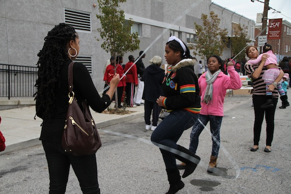<p><p>Teens take turns playing double-dutch. (Trenae V. McDuffie/for NewsWorks)</p></p>