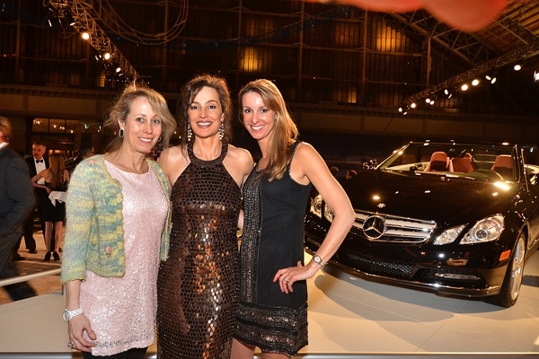 <p><p>Jamie Sheller (left), Gina Mazzucola, wife of the executive director of the Auto Dealers Association of Greater Philadelphia, and Rachel Miller, Black Tie Tailgate committee member, beside a 2013 Mercedes E350, priced at $59,070 (Photo courtesy of Marc Barag, MB Commercial Photography)</p></p>