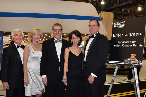 <p><p>Co-chairs of the 2013 Black Tie Tailgate preview party, Richard and Ann Frankel (left), Ron Krancer, Wendy Twing, and Dr. David Piccoli (Photo courtesy of Marc Barag, MB Commercial Photography)</p></p>