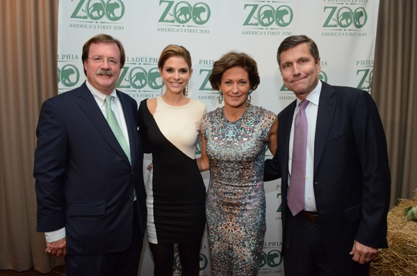 <p><p>Matt Hamilton (left), recipient of the Conservation Impact Award on behalf of the Hamilton family, gala host Maria Menounos, gala cochairs Gretchen Burke, a Zoo board member, and her husband Stephen Burke, CEO of NBCUniversal (Photo courtesy of HughE Dillon)</p></p>
