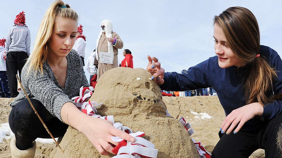 February or not, if you're at the beach, why not make a sand castle? (Chuck Snyder/for NewsWorks)