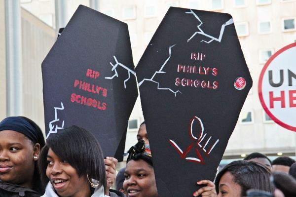 <p><p>Hundreds opposed to the closing of Philadelphia neighborhood public schools attended a rally Thursday afternoon on the steps of the school district building on Broad Street. (Kimberly Paynter/WHYY)</p></p>