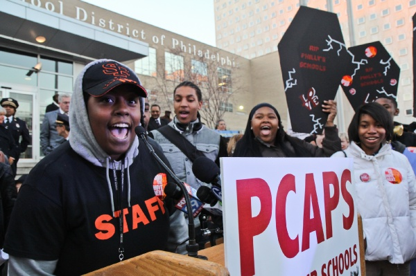 "<p><p>Saeda Washington roused the crowd by chanting, ""The students united will never be defeated."" Washington is part of Youth United for Change. (Kimberly Paynter/WHYY)</p></p>"