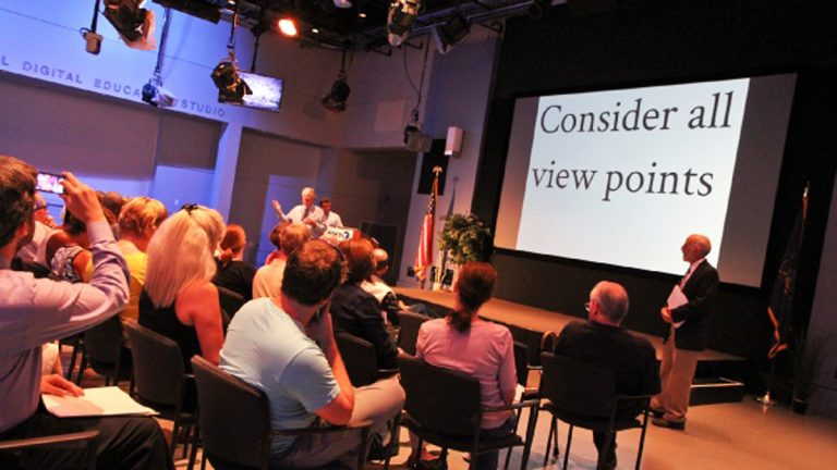 One goal of the WHYY forum is to people to consider the merits of different approaches to rebuilding the shore. (Kim Paynter/WHYY)