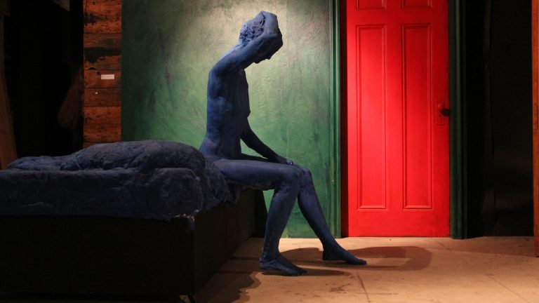 George Segal's Blue Woman Sitting on Bed, 1998. (Emma Lee/for NewsWorks)