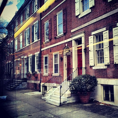 <p><p>The No. 12 speeds past some lovely Locust Street townhomes on an easterly route through Philadelphia. (Emma Fried-Cassorla/Philly Love Notes)</p></p>