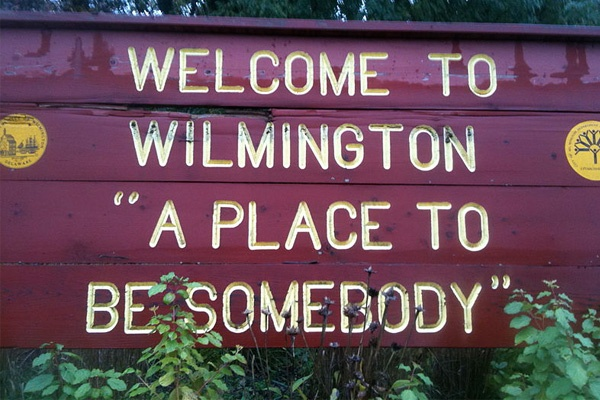 <p><p>The old welcome to Wilmington sign</p></p>