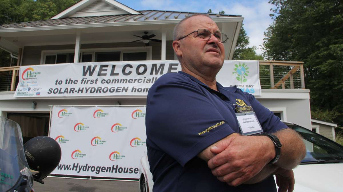 Mike Strizki, who designed the solar-to-hydrogen system, hopes to bring his technology to a wider market. (Emma Lee/WHYY)