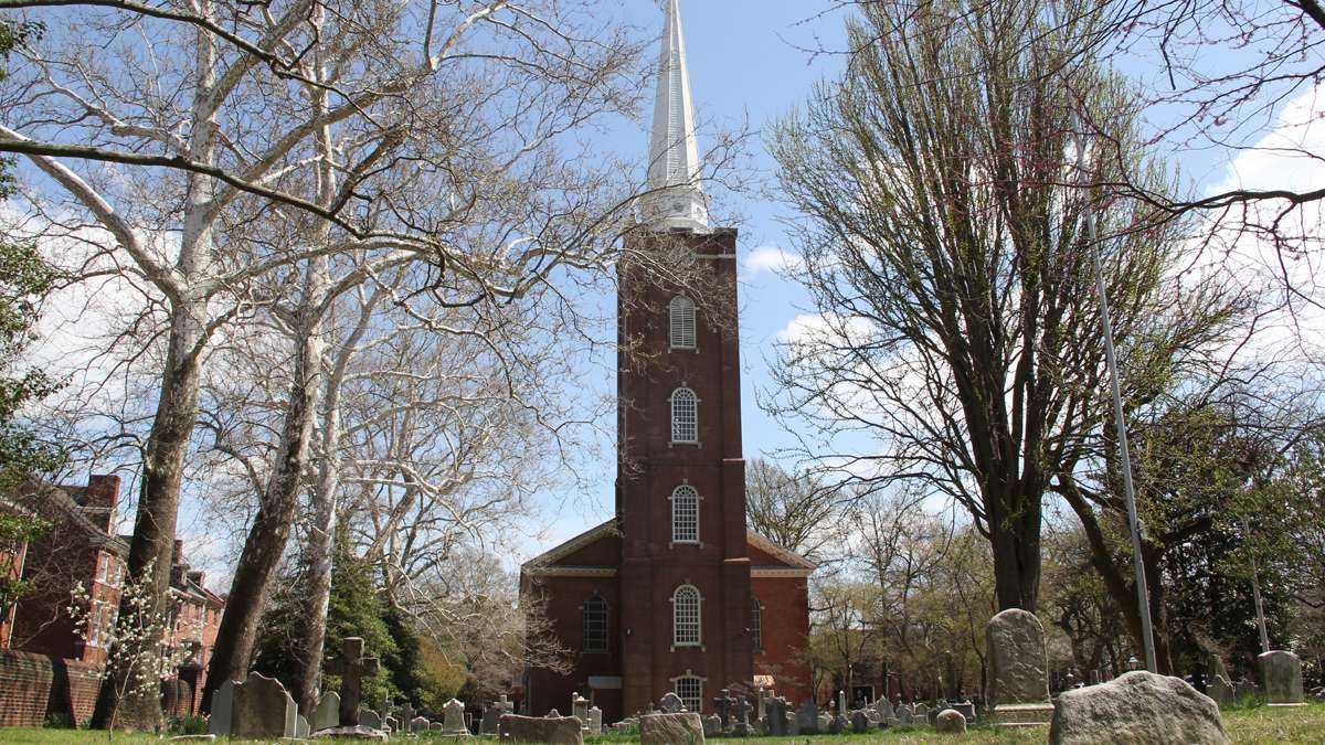 St. Peter's Church at 3rd and Pine streets was build more than 250 years ago. (Emma Lee/for NewsWorks)