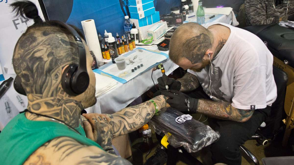 Sean Foy tattoos a 1970s image of Colombian drug lord Pablo Escobar onto client Rob.