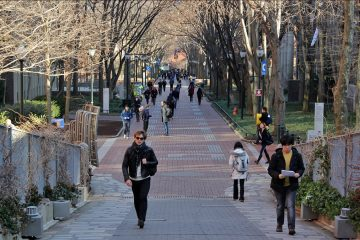 Locust Walk on the University of Pennsylvania campus in West Philadelphia.  (Emma Lee/WHYY, file)