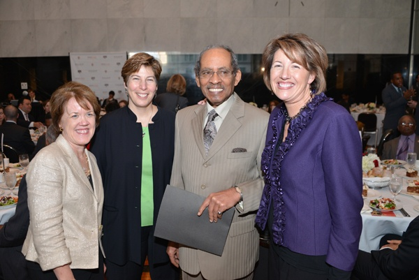 <p><p>Ann O'Brien Schmeig of United Way of Southeastern Pennsylvania (left), Sarah Martinez-Helfman of Eagles Youth Partnership, Bob Nelson of OIC, and United Way president and CEO Jill Michal (Photo courtesy of Paul Coker)</p></p>