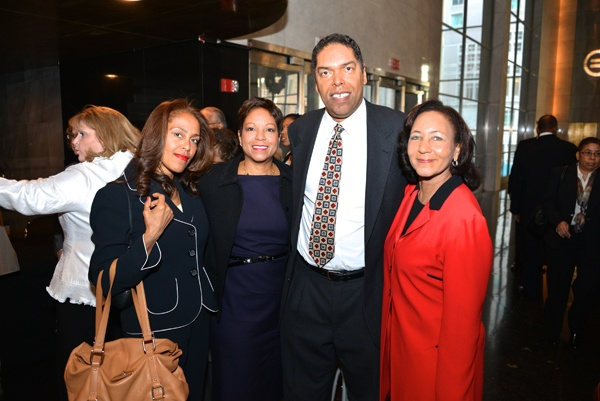 <p><p>Volunteer award winner Darryl Anderson of Lee Hecht Anderson (center) with his family (from left) sisters Michelle Anderson Lee and Brenda Diggs, and his wife Jan Anderson (Photo courtesy of Paul Coker)</p></p>