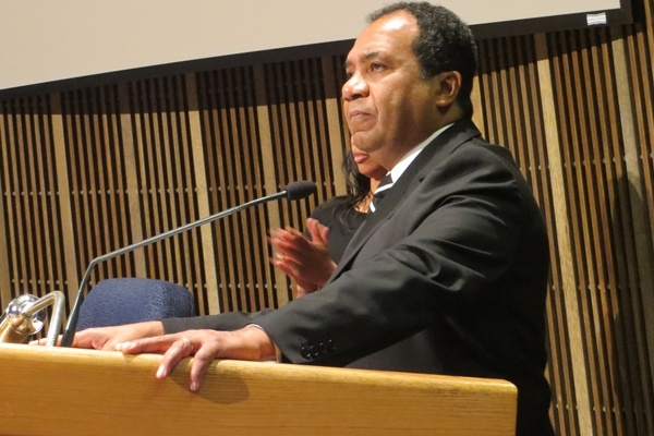 <p>&lt;p&gt;Wilmington Mayor Dennis P. Williams speaks ahead of Chief Anthony Goode's swearing-in (Shirley Min/WHYY)&lt;/p&gt;</p>