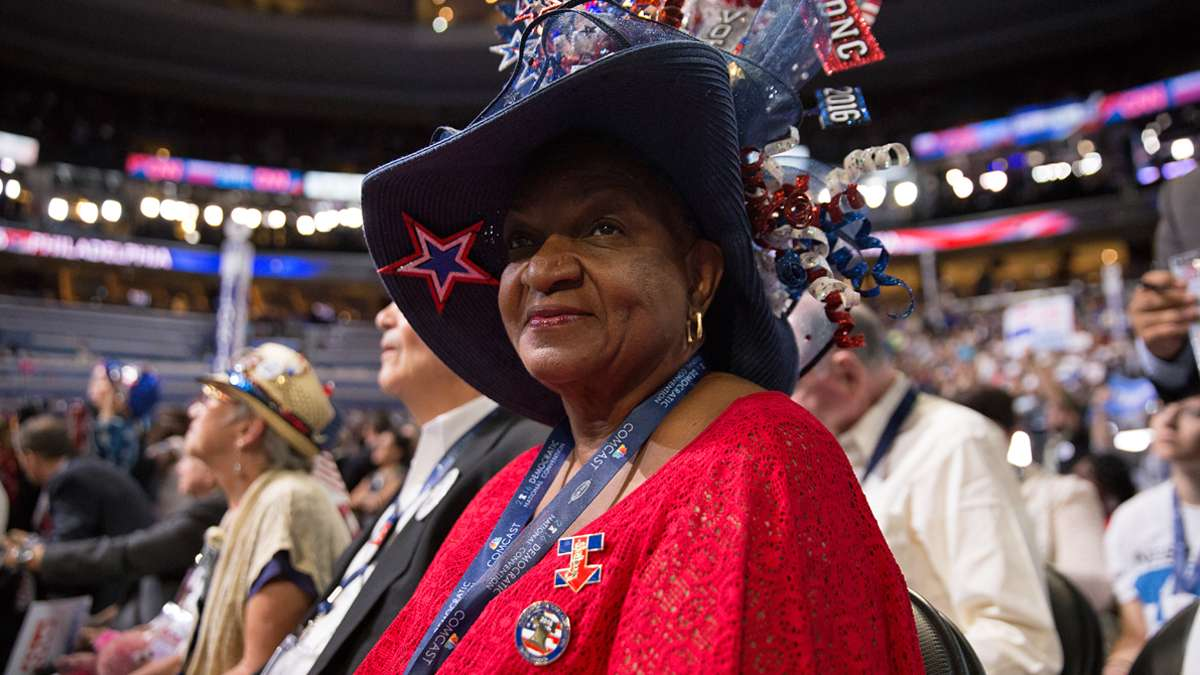 Historic night at DNC''This is history. I was so fortunate to be here in '08 for President Obama and now I am here again,'' said Lavoen Bracey, a delegate from Orlando, Florida.
