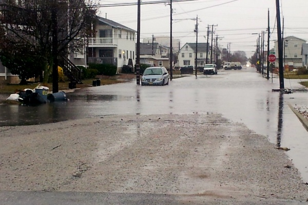 <p>&lt;p&gt;This is just after 3 p.m. on the backside of Ocean City at 4th Street and Bay Avenue. (Tom Mac Donald/WHYY)&lt;/p&gt;</p>
