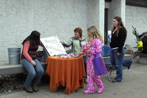 "<p><p>Belmar officially celebrated Halloween on Saturday, Nov 10, 2012 on Main St. This is a candy table in front of <span id=""_mce_caret"" data-mce-bogus=""true""><strong><em style=""font-weight: bold; font-style: normal; font-family: arial, sans-serif; font-size: small; line-height: 22px;"">Borough Hall. (Alan Tu/WHYY)</em></strong></span></p></p>"