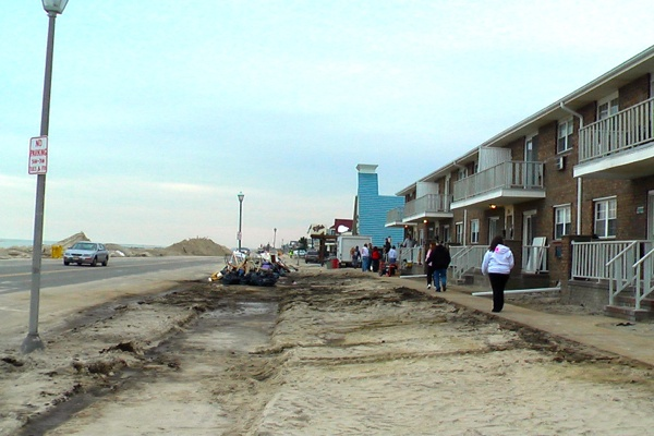 <p><p>This used to be the front lawn for the Belmar Terrace Apartments in Belmar, N.J. (Alan Tu/WHYY)</p></p>