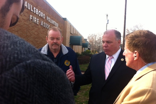 "<p><p><span style=""font-family: monospace; font-size: 14px;"">Gloucester County Freeholder Bob Damminger and State Sen. Steve Sweeney talk to reporters about the train derailment. (Amy Z. Quinn/for NewsWorks)</span></p></p>"