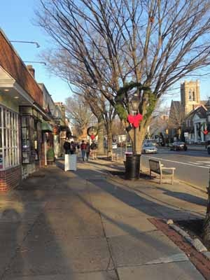 <p><p>Downtown Haddonfield (Bethany Mitros/for NewsWorks)</p></p>