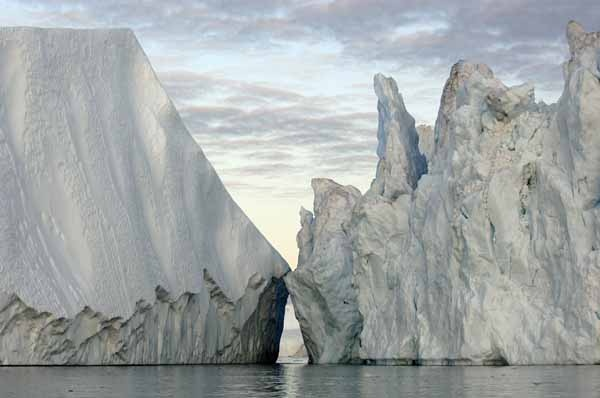 <p><p>In Disko Bay, Greenland, 20-story high icebergs broken off from the Greenland Ice Sheet.</p></p>
