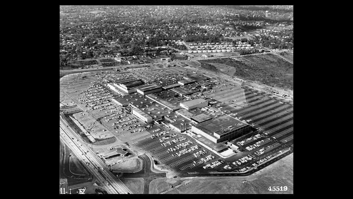 Aerial view of the Cherry Hill Mall on Nov 1, 1962. (Image courtesy of the Cherry Hill Historical Commission)
