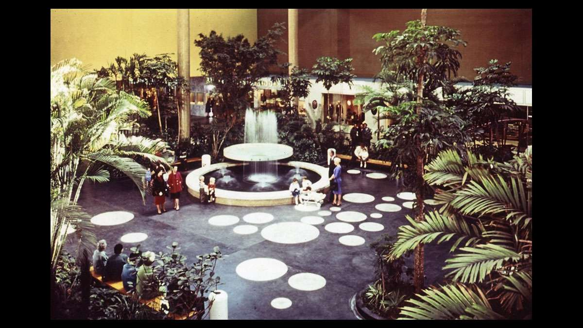 Undated photo of the interior of the Cherry Hill Mall (Image courtesy of the Cherry Hill Historical Commission)