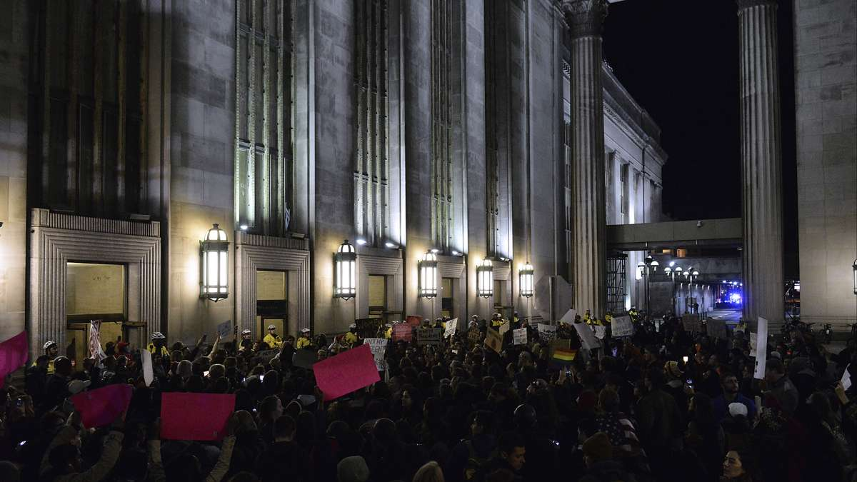 Demonstrators gather at the west entrance of 30th Street Station during an anti-Trump protest on Thursday, Nov. 10, 2016. (Bastiaan Slabbers for NewsWorks)