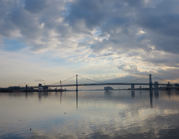A view of the Ben Franklin Bridge and Delaware River (Ashley Hahn/PlanPhilly, file)