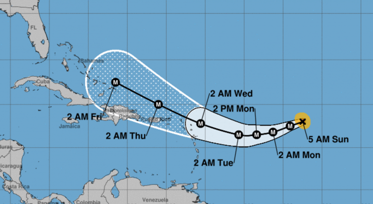 Hurricane Irma's projected track as of Sunday morning. (Image: NHC)