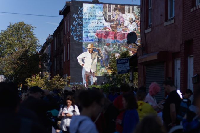 Hundreds of fans cluster on on block  for the Pokémon Scavenger hunt, during Philly Free Streets event, Saturday, Oct. 28, 2017. (Bastiaan Slabbers for WHYY)
