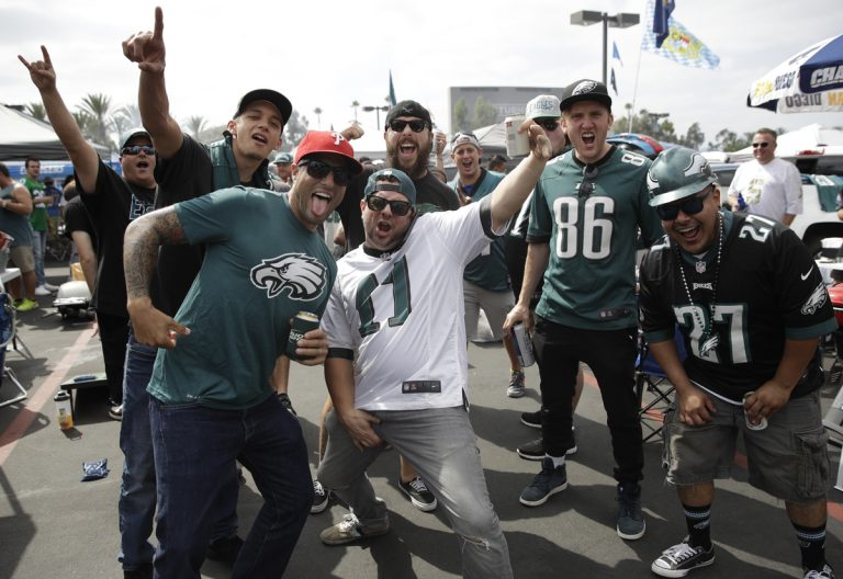 A squad of Eagles fans! GO BIRDS!! E-A-G-L-E-S-EAGLES!