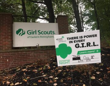 Girls can now chose between the Girls Scouts and Boy Scouts. (Avi Wolfman-Arent/WHYY)