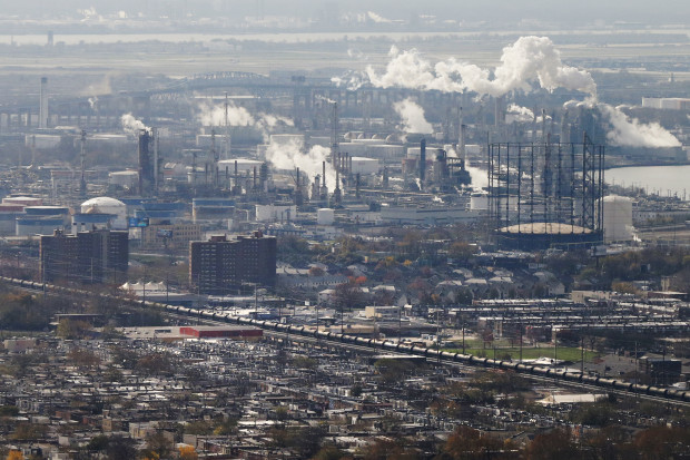The Philadelphia Energy Solutions refinery accounts for almost 16 percent of the city's carbon footprint, according to a City report that describes how to make deep cuts in carbon emissions.