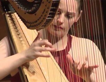 Harpist Abigail Kent