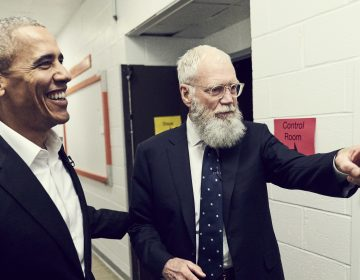 David Letterman interviews former President Barack Obama on My Next Guest Needs No Introduction with David Letterman. (Joe Pugliese/Netflix)