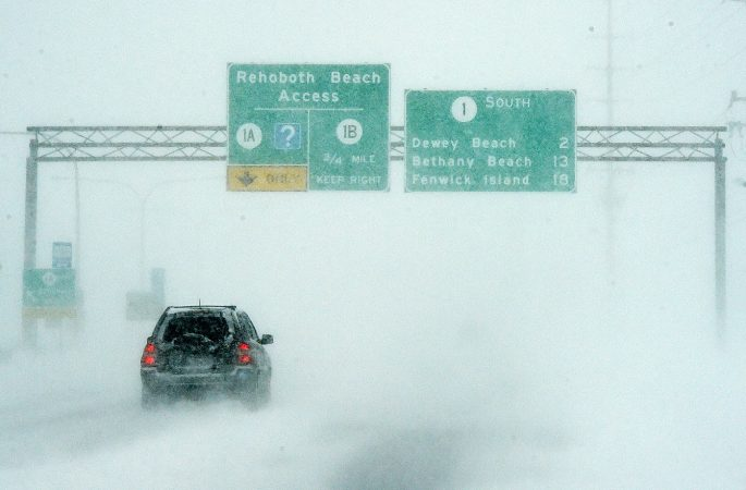 Low visibility was a major problem for drivers near the Delaware beaches. (Chuck Snyder/for WHYY)