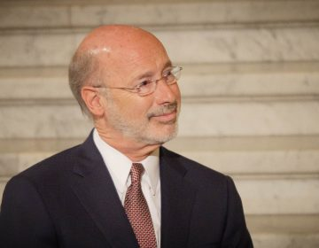 Gov. Tom Wolf doesn't remember a campaign pledge he made to join a regional effort to cap carbon emissions. (Tom Downing/WITF)
