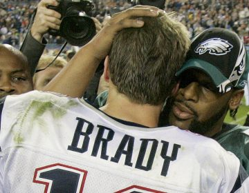 New England Patriots quarterback Tom Brady is congratulated by Philadelphia Eagles quarterback Donovan McNabb after the Patriots won 24-21 in Super Bowl XXXIX at Alltel Stadium on Sunday, Feb. 6, 2005, in Jacksonville, Fla. (AP Photo/Elaine Thompson)